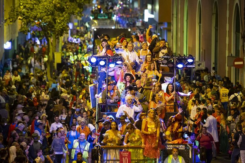 La Cabalgata anima el último sábado de «Érase una vez… el Carnaval»