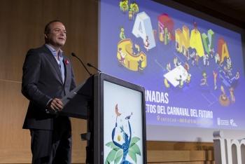 El Carnaval afrontará la realización de las galas y los concursos con independencia de la televisión que lo retransmita