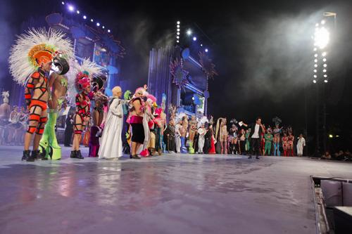 Dieciséis reinonas competirán el viernes por el título de Drag Queen 2012
