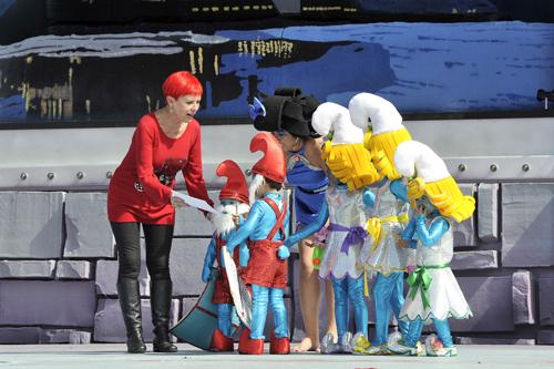 Los más pequeños disfrutan de una mañana de Carnaval dedicada a ellos con un festival de disfraces infantiles