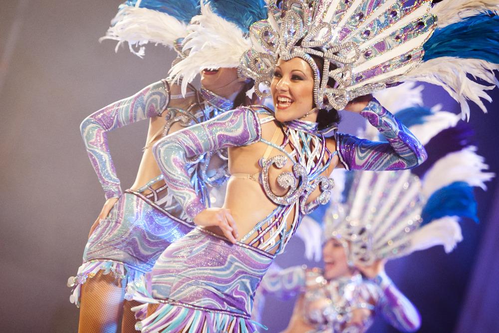 La comparsa Aragüimé logra los primeros premios de interpretación y vestuario del Carnaval 2011
