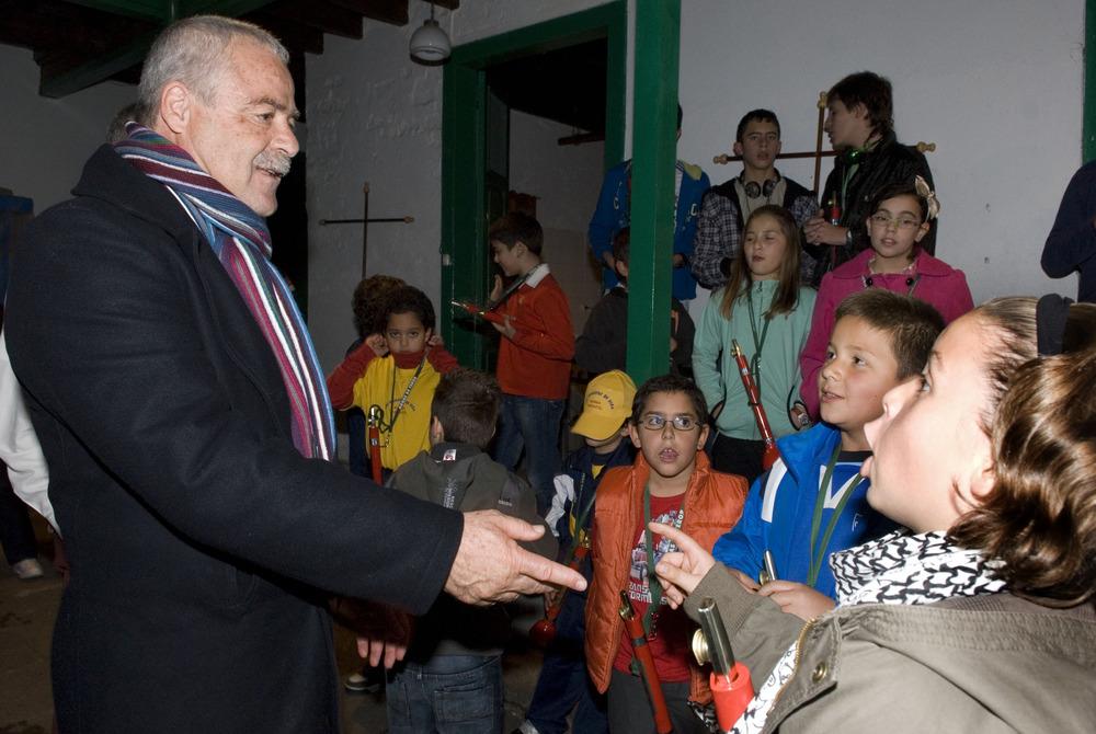 Roque Díaz visita a Los Nietos de Kika