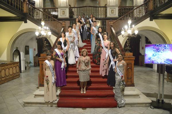 La ciudad ya conoce a las quince candidatas a Reina del Carnaval de Los locos años 20