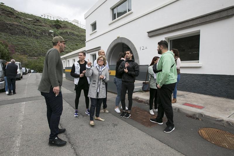 Los grupos del Carnaval visitan sus locales del Manuel Lois, llave en mano