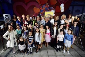 Las diez candidatas a Gran Dama y las dieciséis niñas aspirantes al título de Reina infantil del Carnaval ya conocen el orden de participación