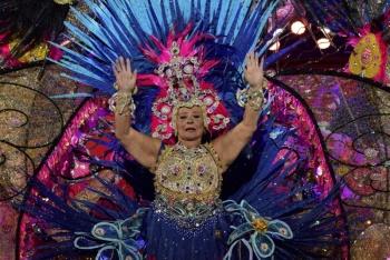 Mary Hernández Rodríguez, primera regente en subir al trono del Carnaval de La eterna primavera