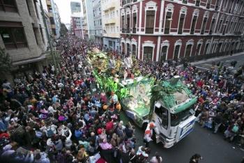 Más de 80.000 personas salieron a disfrutar del Martes de Carnaval