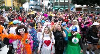 160.000 personas se suman a la Cabalgata del Carnaval de La Eterna Primavera