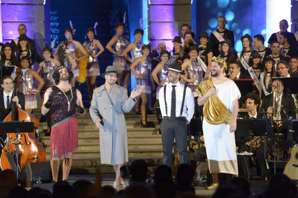 Efecto pasillo, pop de energía positiva en el concierto del pregón del Carnaval 2018