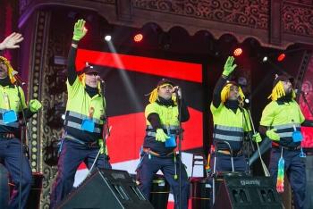 El Carnaval logra un éxito viral con la campaña de concienciación ciudadana por una fiesta limpia