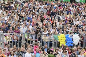 Ayuntamiento y Universidad elaboran el primer estudio global del Carnaval como fenómeno turístico, económico y social