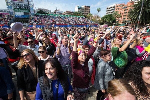 Más de sesenta mil personas disfrutaron de unas masacaritas en familia en el Martes de Carnaval