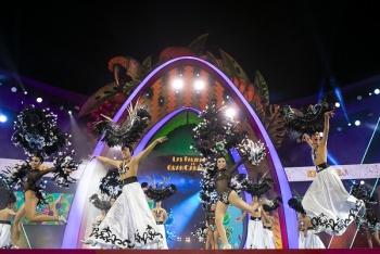 La comparsa Kisamba logra, por tercer año consecutivo, los primeros premios de interpretación y vestuario