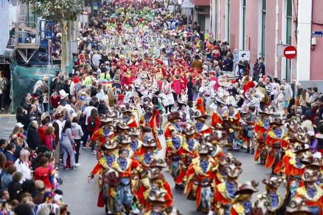 Unas 200.000 personas disfrutaron de la Gran Cabalgata del Carnaval de Una noche en Río