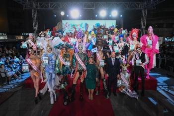 Más de 3.000 personas se han acercado a las ramblas de Mesa y López a conocer a los aspirantes al trono del Carnaval