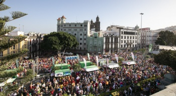 A Carnival for today in yesterday's city
